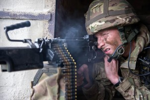 TA soldiers from 6th Battalion The Rifles (6 RIFLES) Training Salisbury Plain - Sunday 13 Oct