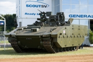 ARMY AND INDUSTRY JOIN TOGETHER IN MILITARY VEHICLE SHOWCASE