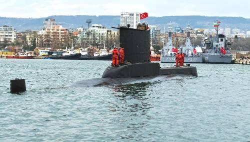 Turkey Navy Ay-class submarine