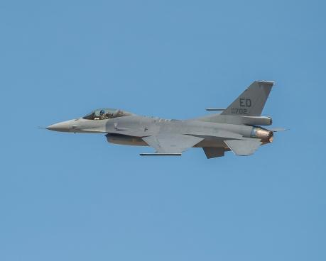 F-16 Viper 1