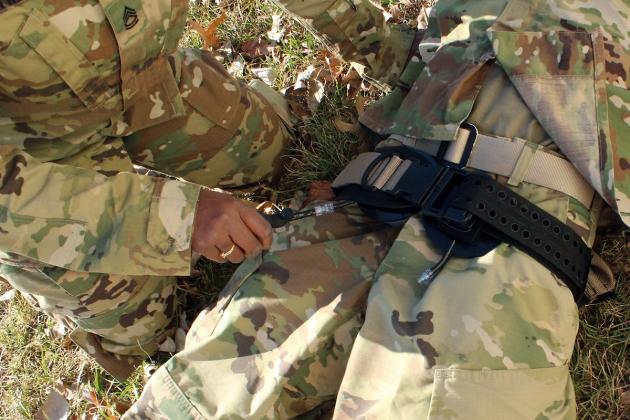 us-army-junctional-tourniquet-1